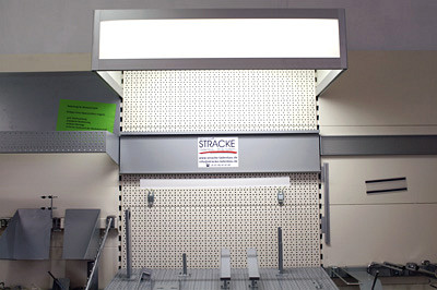 Tegometall Beleuchtungsblende L1000 H250 T570 Anbaufeld