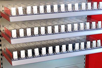 Tegometall Beispiel Fachbodenunterteilung. L 100cm